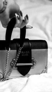 BlackBird finance - Luxury consumption